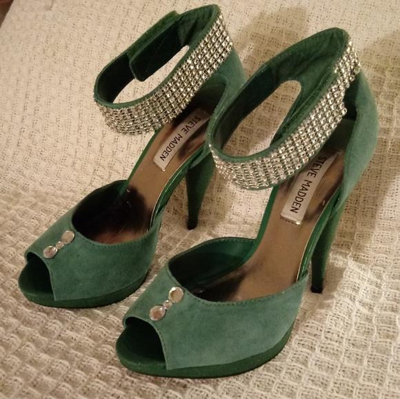 fafb609c2b3  5 SALE - 7 - Green Suede   Bling High Heels. M 5becce1203087cb0c020a4dc